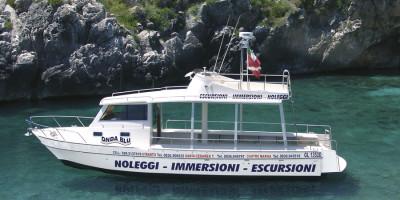 barca ondablu per escursioni