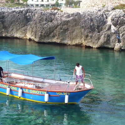 barca escursioni grotte